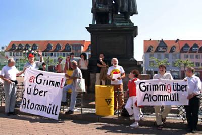 NCS-Kundgebung am Brüder Grimm-Denkmal